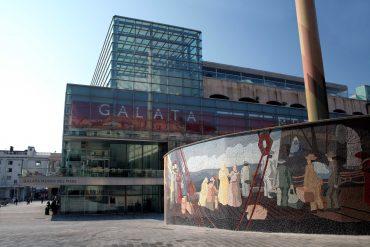 GalataMuseodelMare edificio e murales migrazioni