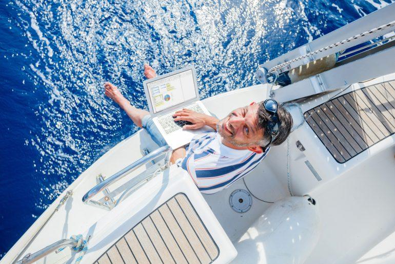 barca sail working