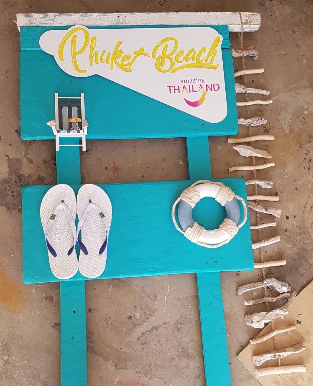 Cartello Phuket Beach