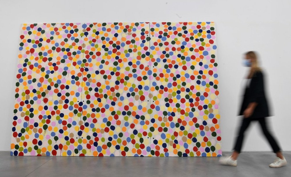 damien-hirst-colour-space