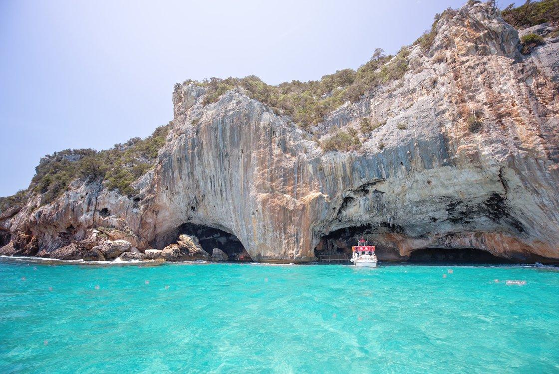 Triscovery barca Grotta del Bue Marino